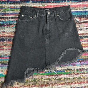 🐺 Zara Asymmetrical Distressed Mini Skirt 🐺